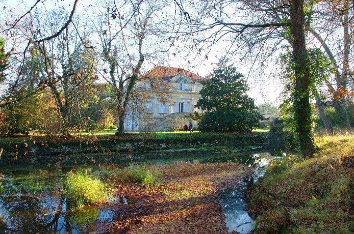Chateau-de-Bussaguet-1